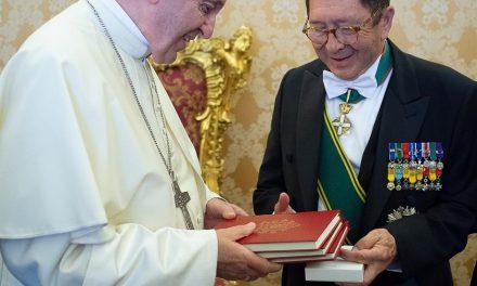 Embajador de Colombia en el Vaticano presentó cartas credenciales ante el Papa Francisco