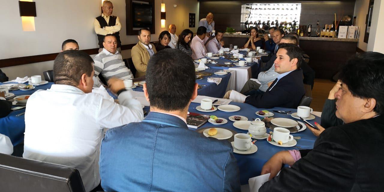 Reunión Partido Conservador unido para segunda vuelta presidencial