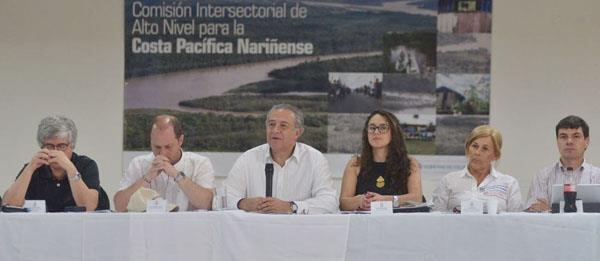 """""""Uso del glifosato en Tumaco no afectará el programa de sustitución para 18.000 familias"""": Vicepresidente"""