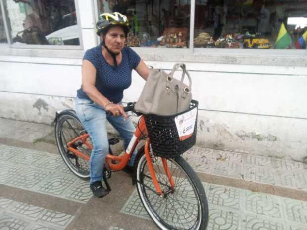 En Chinchiná le pedalean al día libre por usar bicicletas