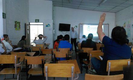 La U.N. forma en ciencias a docentes de colegios de Caldas