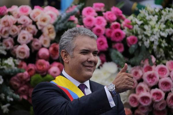 Esta es la casa de todos los colombianos, les dijo el Presidente a niños que visitaban la Casa de Nariño