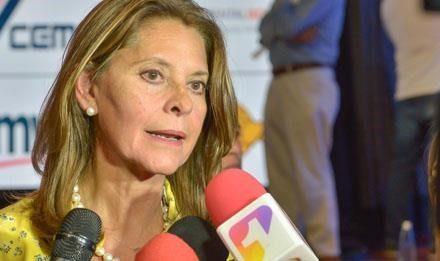 Vicepresidenta solicita a la Procuraduría General y a la Secretaría de Transparencia investigar posible hecho de corrupción en Floridablanca.