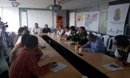 MÁQUINAS DE INTERVENCIÓN RÁPIDA, MOTOBOMBAS, PLANTAS POTABILIZADORAS, CASI MIL UNIDADES BOMBERILES, COMBOS DE MAQUINARIA Y EL PRIMER GRUPO DE BOMBEROS INDÍGENAS DE COLOMBIA, ALGUNAS FORTALEZAS DE CALDAS PARA HACERLE FRENTE AL FENÓMENO DEL NIÑO