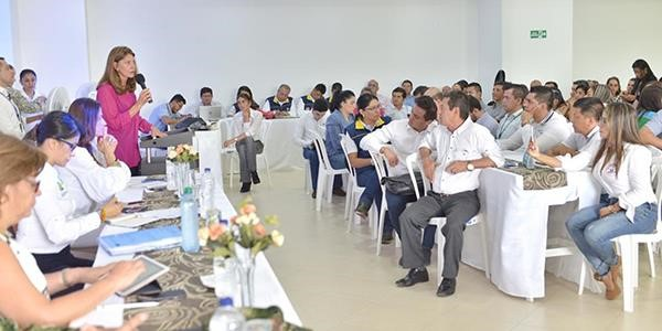 Vicepresidenta Marta Lucía Ramírez lideró mesas de trabajo en Mocoa