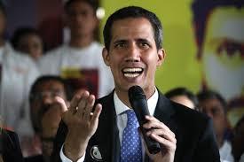 En este momento es responsabilidad absoluta de quien usurpa funciones, la integridad de cada uno de esos venezolanos', dijo Guaidó al anunciar salida de ayuda humanitaria