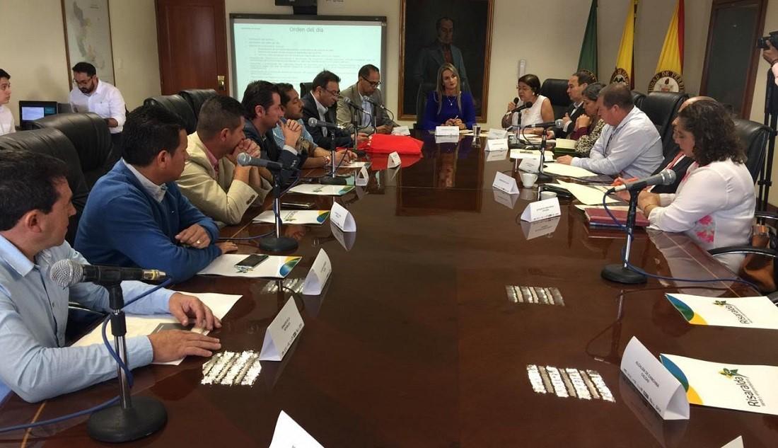 CERCA DE 103 MIL MILLONES DE PESOS LE CORRESPONDEN A CALDAS ESTE 2019 PARA EJECUTAR PROYECTOS CON RECURSOS DEL SISTEMA GENERAL DE REGALÍAS. MANDATARIOS REGIONALES SOLICITARON MAYOR CELERIDAD EN LOS PROCESOS, PARA GARANTIZAR MÁS APROBACIONES