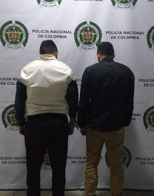 DOS HOMBRES CAPTURADOS POR AMENAZAS CON SUPUESTA BOMBA. POLICÍA METROPOLITANA DE MANIZALES VERIFICA FALSA ALARMA DE EXPLOSIVOS.