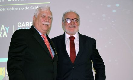 Gobernador entrega Orden Alejandro Gutiérrez a Rector de la UAM