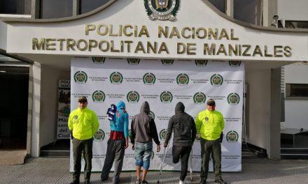 INVESTIGADORES DESENMASCARAN CUATRO HOMBRES DEDICADOS AL HURTO SE ESCLARECEN VARIOS HECHOS DE HURTO A PERSONAS EN MANIZALES.