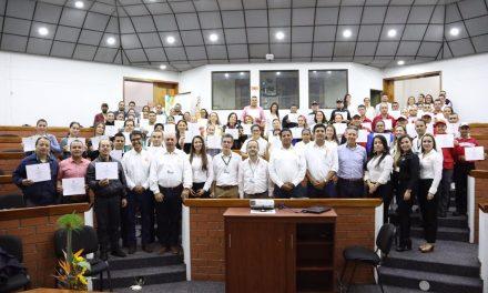 Colaboradores de empresas y trabajadores independientes certificaron su experiencia en el SENA