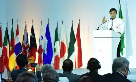 Gerente General de FNC pide precio remunerativo ante productores de todo el mundo