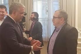 Duque y 'Timochenko' se dieron la mano para dar ejemplo y acabar peloteras electorales