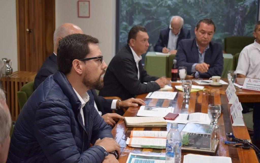 Luis Carlos le apuesta a mejorar la rentabilidad y dignificar actividades de la caficultura