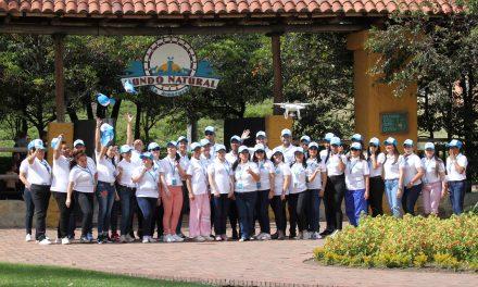Veolia Colombia y la Organización de Estados Iberoamericanos (OIE) premian a los ganadores del programa Alrededor de Iberomérica, donde participaron más de 8.000 niños.