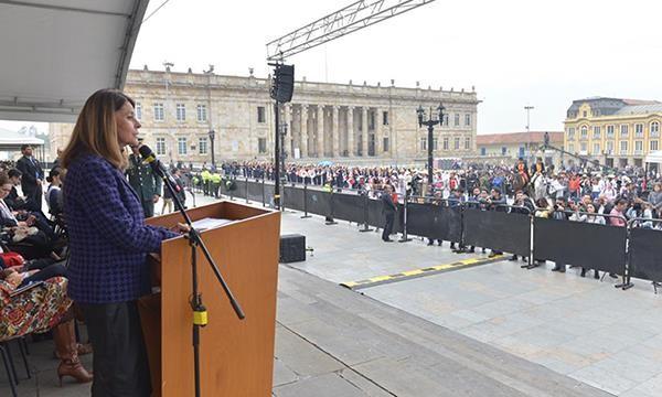 """""""Ser ciudadano bicentenario significa orgullo y responsabilidad"""": Vicepresidente"""