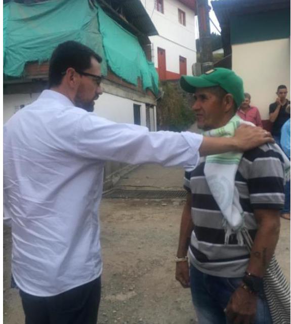 PRODUCTORES DEL CAMPO, RESPALDADOS POR LUIS CARLOS VELÁSQUEZ