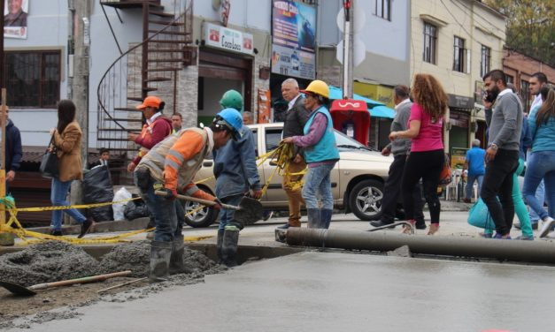 Se continúan realizando obras para mejorar la movilidad en Manizales