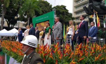 """El Gobernador de Risaralda, Víctor Manuel Tamayo, agradeció el acompañamiento de Velásquez Cardona, y resaltó el propósito de unidad y de solidaridad que hay entre los tres departamentos. """"Si nos tomamos de la mano y nos juntamos, somos más; la individualidad es sinónimo de debilidad"""", expresó."""