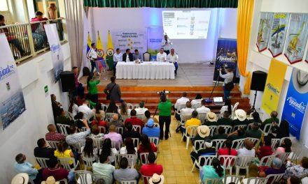 #UNIDOSESPOSIBLE, EL GABINETE DEPARTAMENTAL, ENCABEZADO POR EL GOBERNADOR, VISITÓ EL NORTE CALDENSE. PÁCORA, AGUADAS Y SALAMINA DIJERON SÍ A LA CONSTRUCCIÓN DE UN PLAN DE DESARROLLO INCLUYENTE Y PARTICIPATIVO