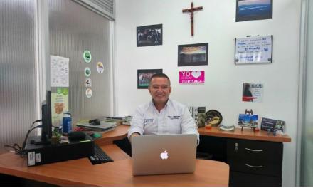 Profesor UCM expone retos del turismo frente a la problemática actual