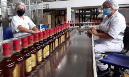 Industria Licorera de Caldas premia a Tetra Pak y a Guala Closures como proveedores ejemplares