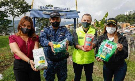 Insumos agrícolas para la Cárcel La Blanca, gracias a la Secretaría de Agricultura y la Oficina de la Gestora Social