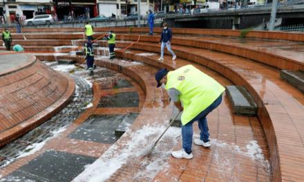 Secretaría de Gobierno intervino Plaza Alfonso López con limpieza, prevención de sustancias psicoactivas y atención a habitantes de calle