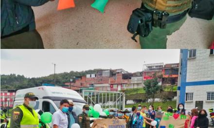 LA POLICÍA EN MANIZALES CELEBRÓ EL DÍA DE LA FAMILIA  CON ACTIVIDADES LÚDICO RECREATIVAS FORTALECEMOS  LA UNIÓN FAMILIAR